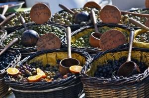 Market in Place aux Hèrbes